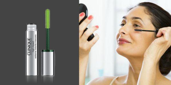 Подчеркнуть ресницы в возрастном макияже поможет тушь для ресниц. На фото слева — удлиняющая тушь с силиконовой кисточкой Clinique High Impact