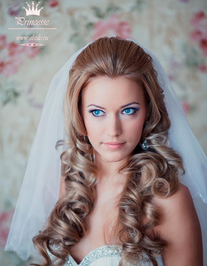 Свадебная прическа для невесты 2017 фото с начесом