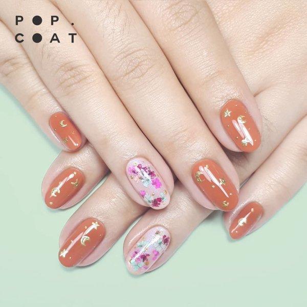 дизайн ногтей с блестками и цветами