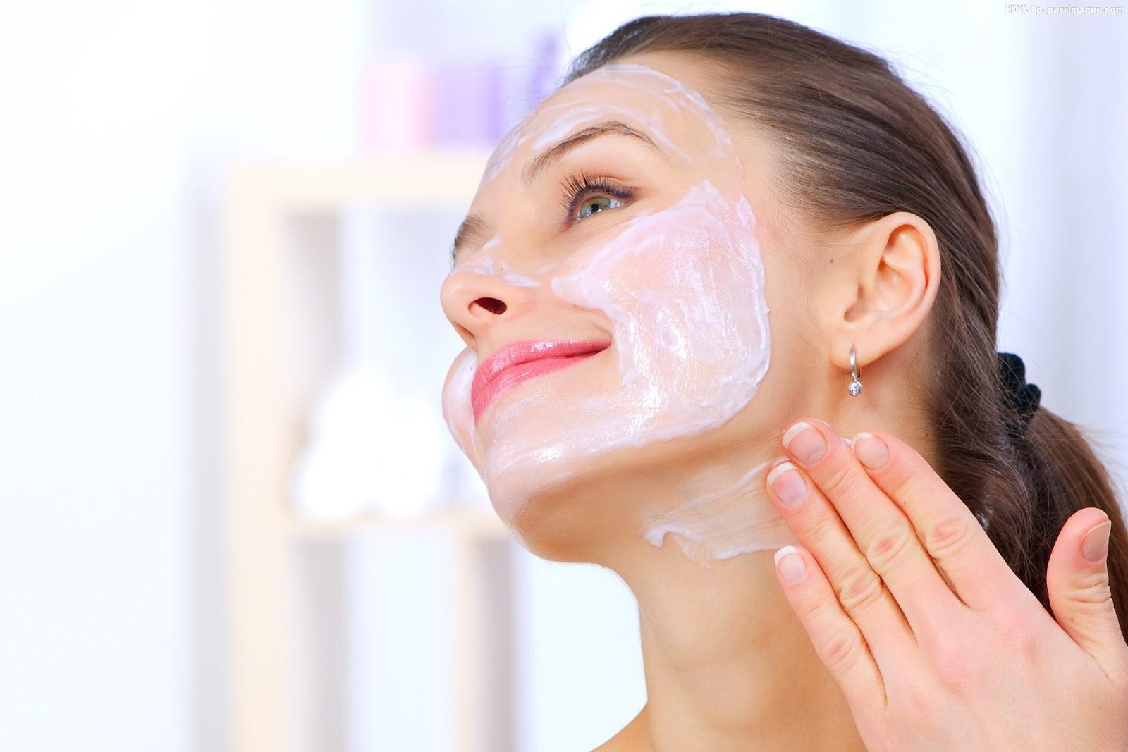 Beautiful-Women-Applying-Face-Mask-Images