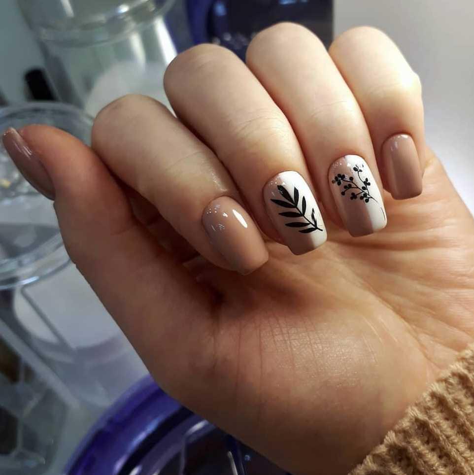 beige-nail-165
