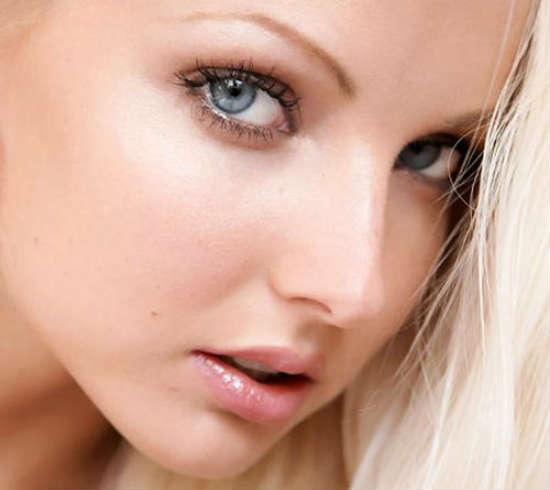 Макияж для серых глаз для светловолосых
