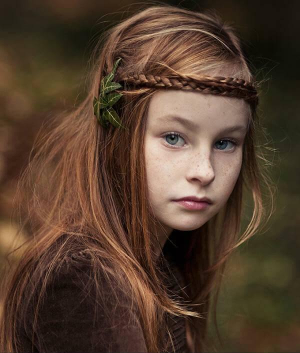 фото - девочка с прической на праздник