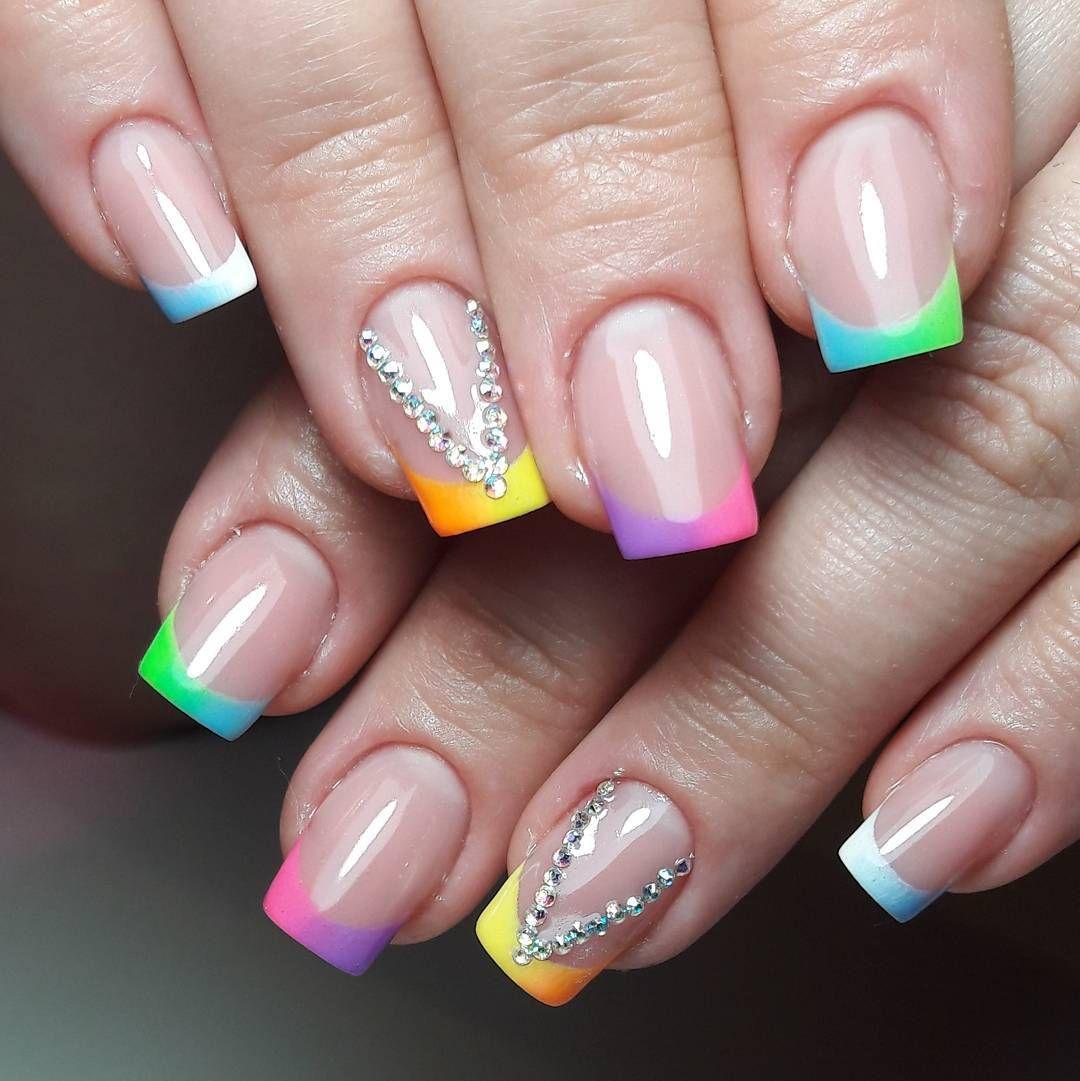 Цветные френч ногти, красивые цвета 2020