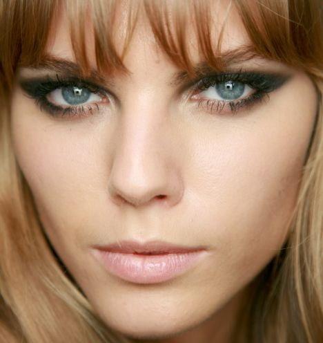 макияж для серо-голубых глаз колдунья