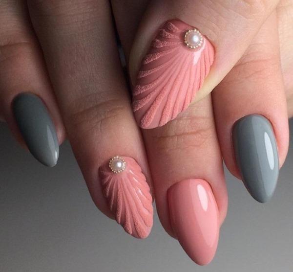Идеи дизайна ногтей миндалевидной формы. Новинки с рисунком, френч, омбре