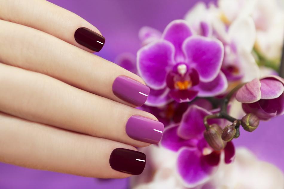 Длинные красивые ногти - результат длительной работы и специальных укрепляющих процедур