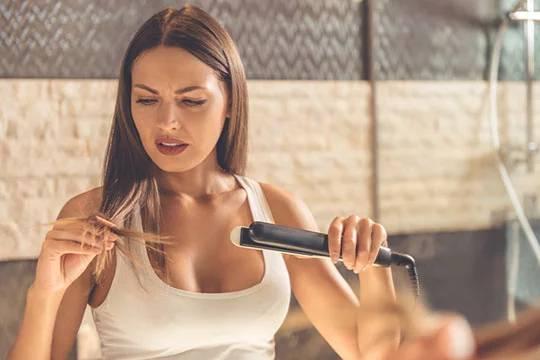 Плюсы использования утюжка для волос