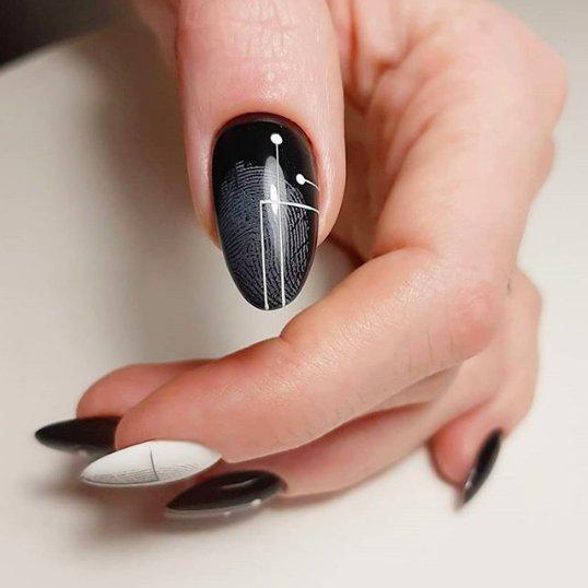маникюр с отпечатками пальцев