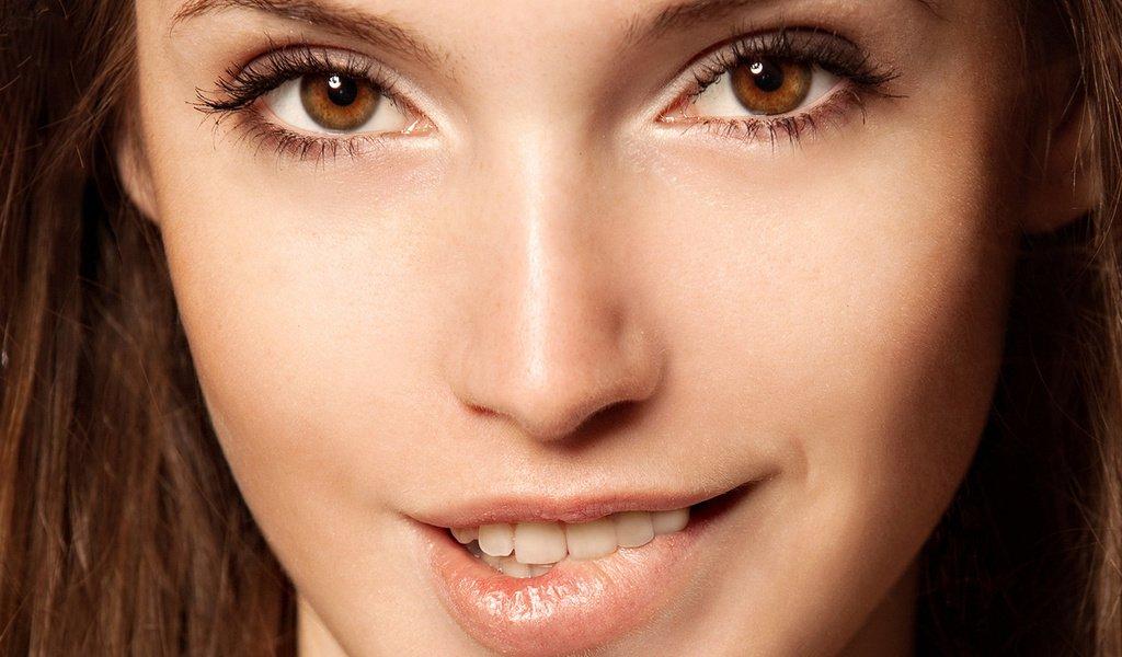 кареглазая девушка макияж нюд