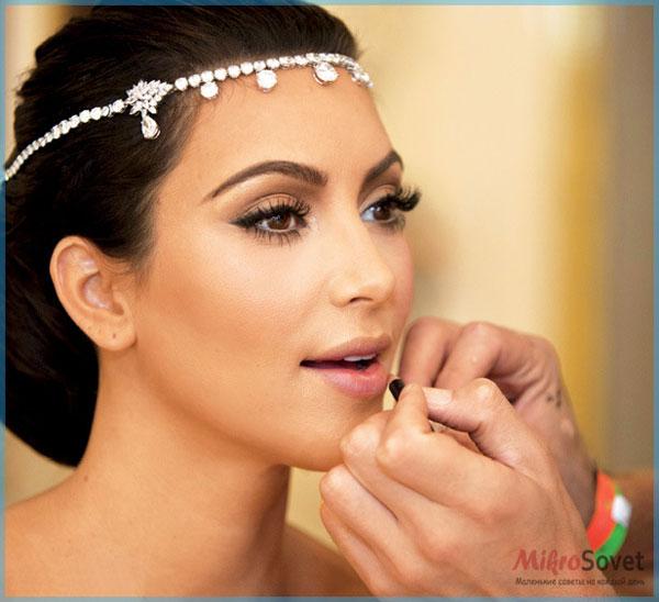 Фото: Свадебный макияж для карих глаз