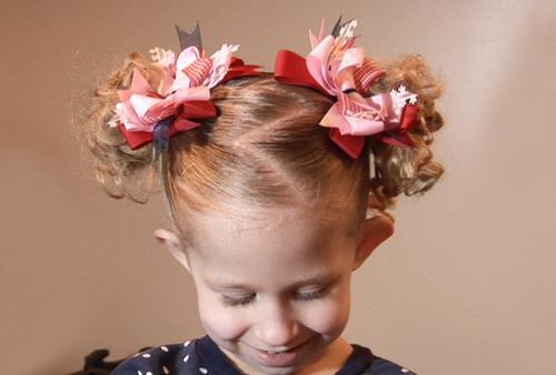 Красивые прически для девочек в школу: фото, новинки, идеи