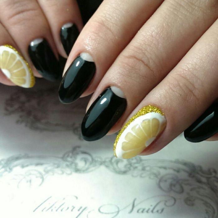 Лунный маникюр на длинные ногти