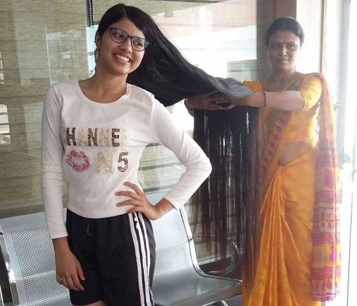 Ниланши Патель – самые длинные натуральные волосы у девочки в мире