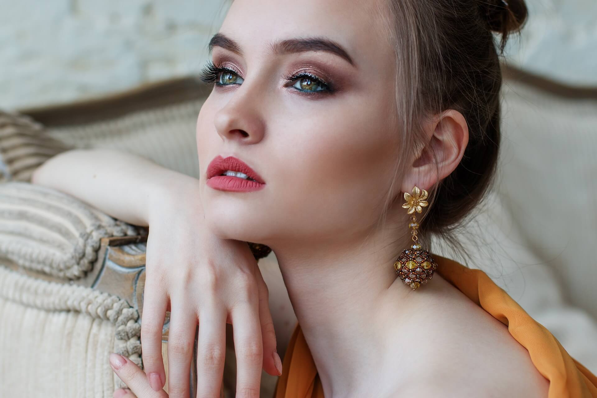 Makijag_dlia_kare-zelenyx_glaz (23)