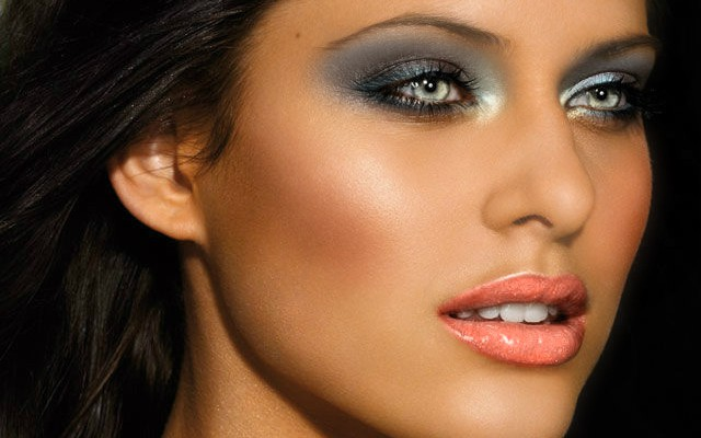 Макияж-для-смуглой-кожи-фото-1-640x400