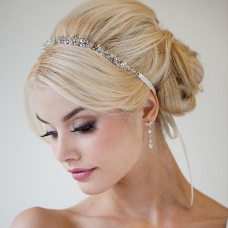 Макияж для карих глаз и темных волос на каждый день, свадьбу, вечерний. Фото и пошаговая инструкция как сделать
