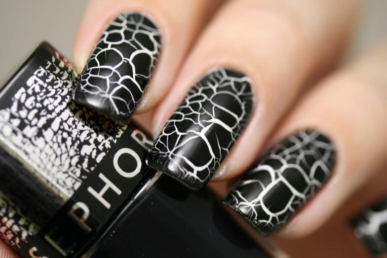 Разнообразные идеи черно-белого дизайна ногтей