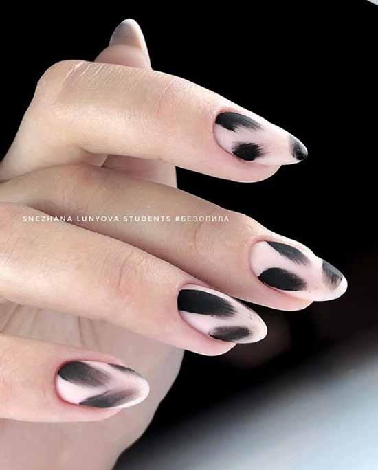 Маникюр бежевый с черным: 105 фото с самым красивым дизайном