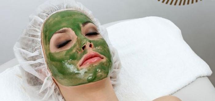 Свежая маска на лице