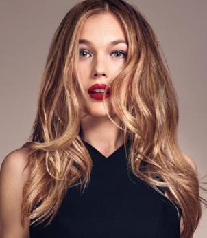 Осветление прядей волос у лица 2016