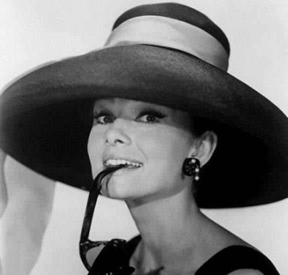 Цитаты Одри Хепберн Audrey Hepburn о маникюре и красоте