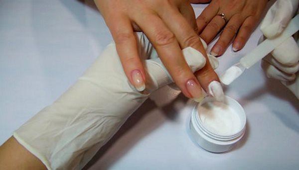 Правильное укрепление ногтей акриловой пудрой под гель лак
