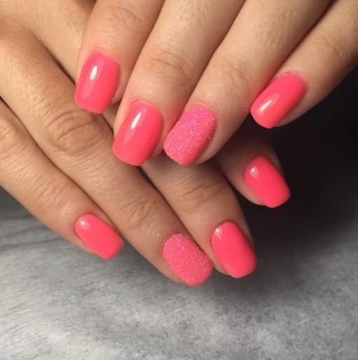 ногти розовые акриловая пудра