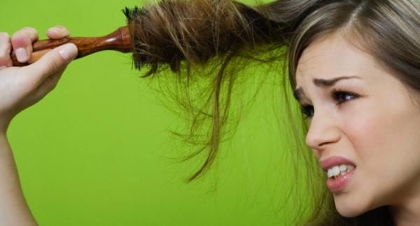 Сухие волосы с посеченными кончиками
