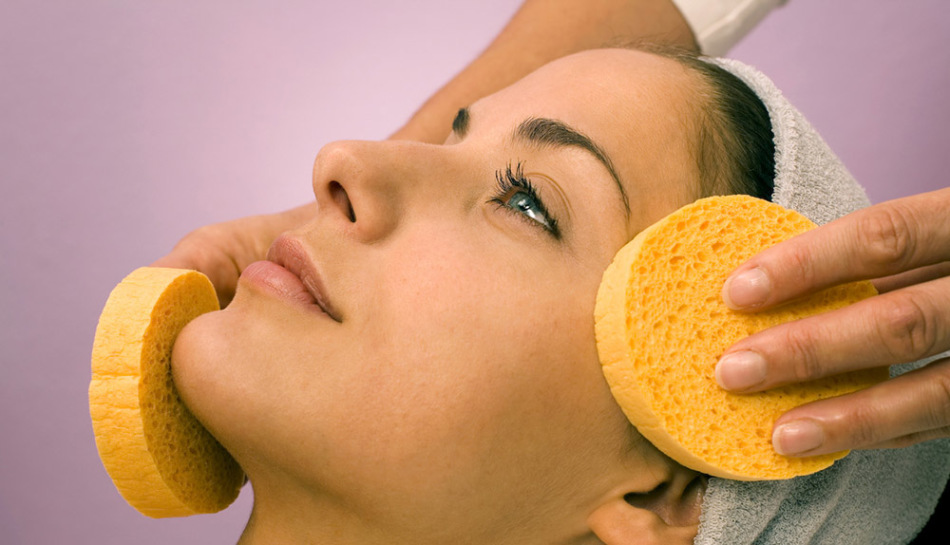 Щадящий способ чистки лица