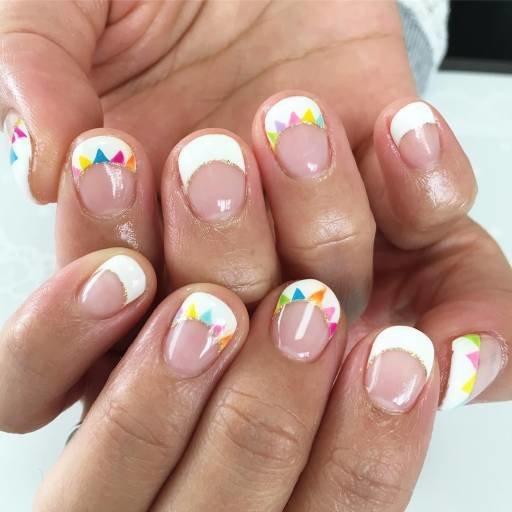 круглые ногти с рисунком