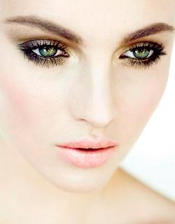 Смоки айс с зелеными глазами