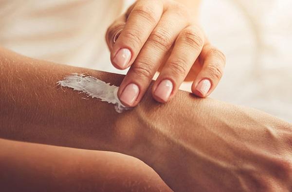 Лучшие средства от сухости кожи тела для ребенка, взрослого. Цены и отзывы