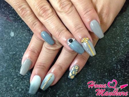 стильный нейл-арт на ногтях