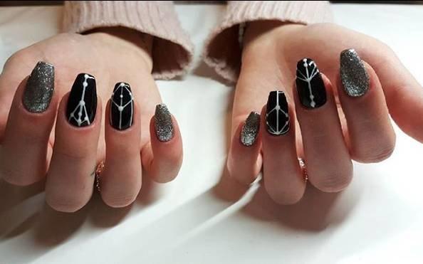 черные ногти балерина