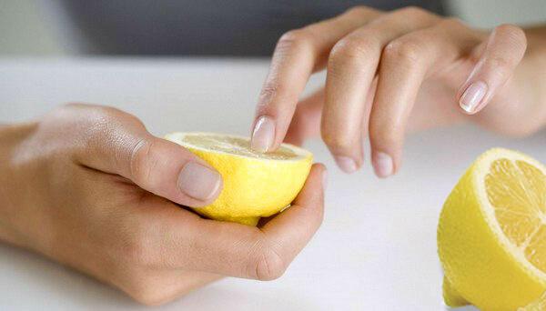 Укрепление ногтей лимоном