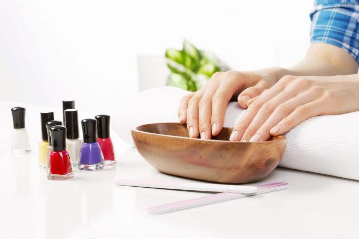 Укрепление ногтей: рецепты ванночек