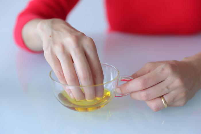 Укрепление ногтей: ванночки с маслом