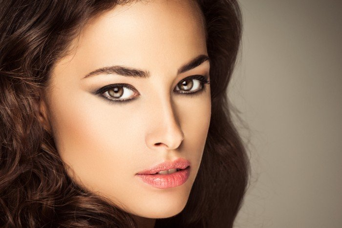 Which hair color is suitable for brown eyes11